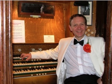David Ivory Organist Entertainer.